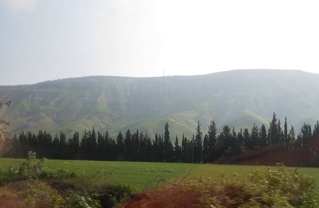Scenery on the way to the Jordan River